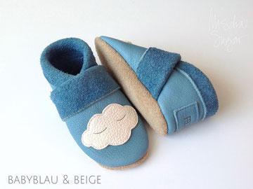 Krabbelschuhe Wolke in babyblau & beige