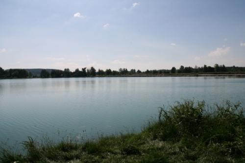 Baggersee östlich von Bronnen