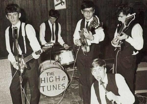 Na veel repeteren was hun eerste optreden op 10 maart 1965