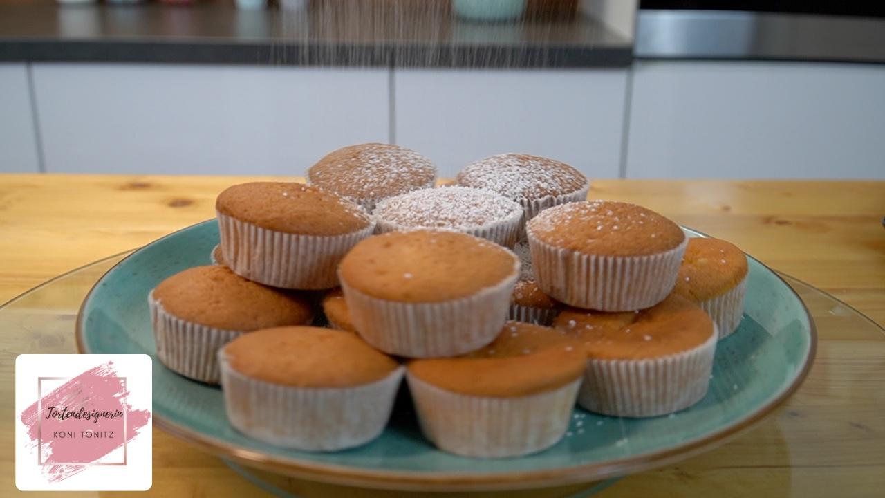 Vanille Muffins einfach, schnell und mit nur 8 Zutaten!