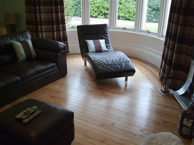 A beautiful victorian floor with feature border finished with Junckers Profinish lacquer