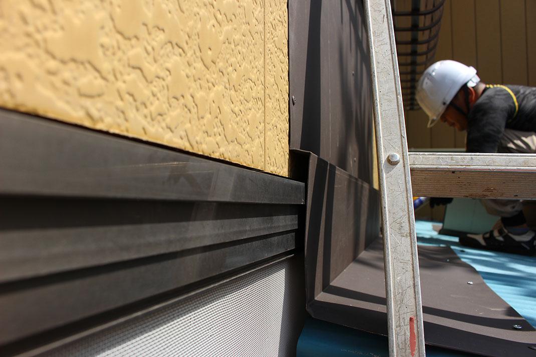 施工された屋根板金|雨漏り修理工事【さいたま市北区日進町】