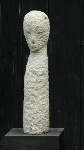 Siriusgesänge IV (2007) Sandstein Höhe 68 cm 2.300,- EUR
