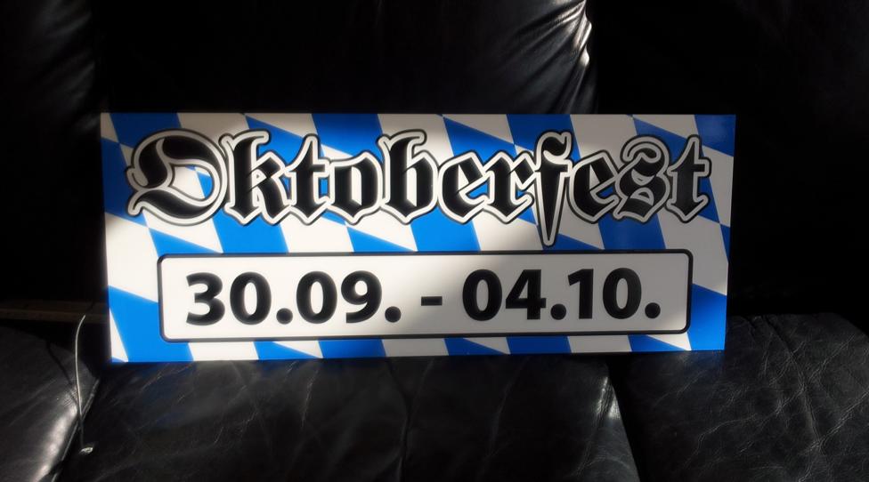 Oktoberfest Schild