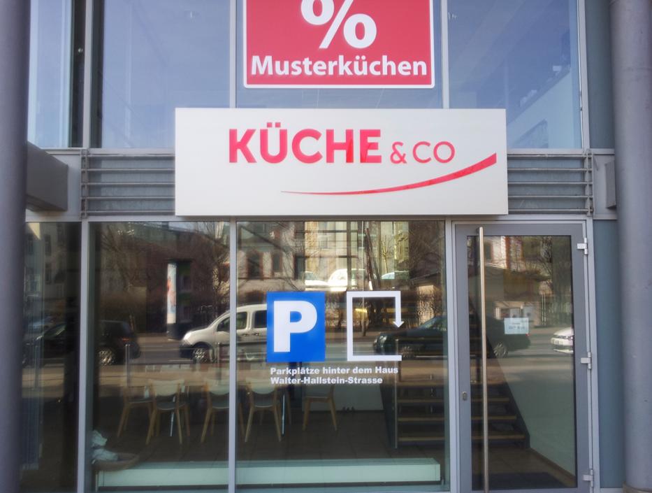 Küche & Co Alunox-LED Leuchtdisplay, Wiesbaden
