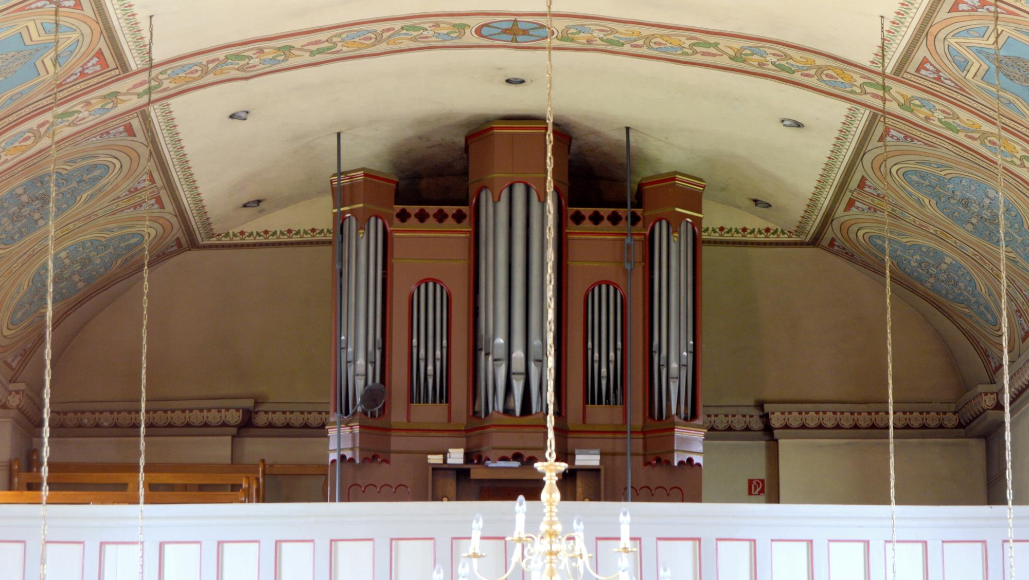 Portrait der historischen Kröger-Orgel in Vestrup