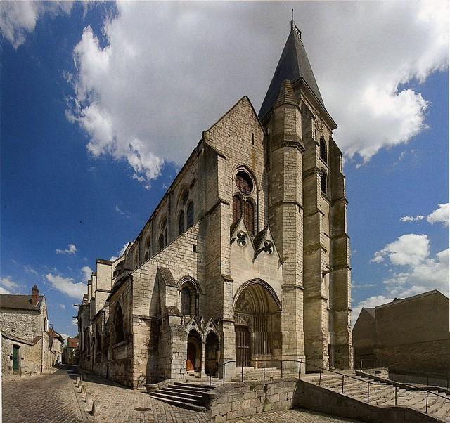La façade de Saint-Samson