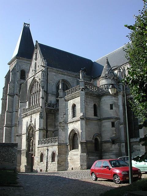 L'église Saont-Samson vue du Petit cimetière