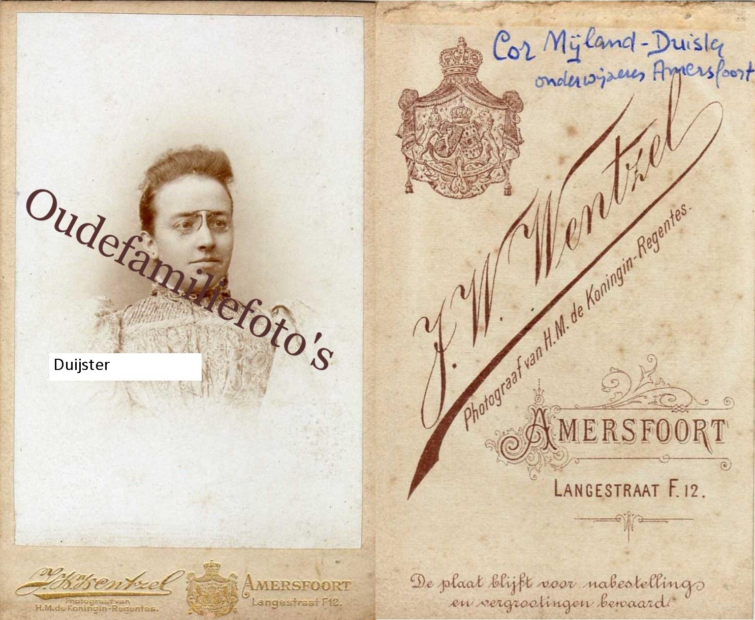 Duijster, Anna Cornelia Maria Jacoba. Geb. 13-12-1865 Leiden Ovl. 31-12-1947 Delden. Getrouwd met G.F. Nijland € 3,00
