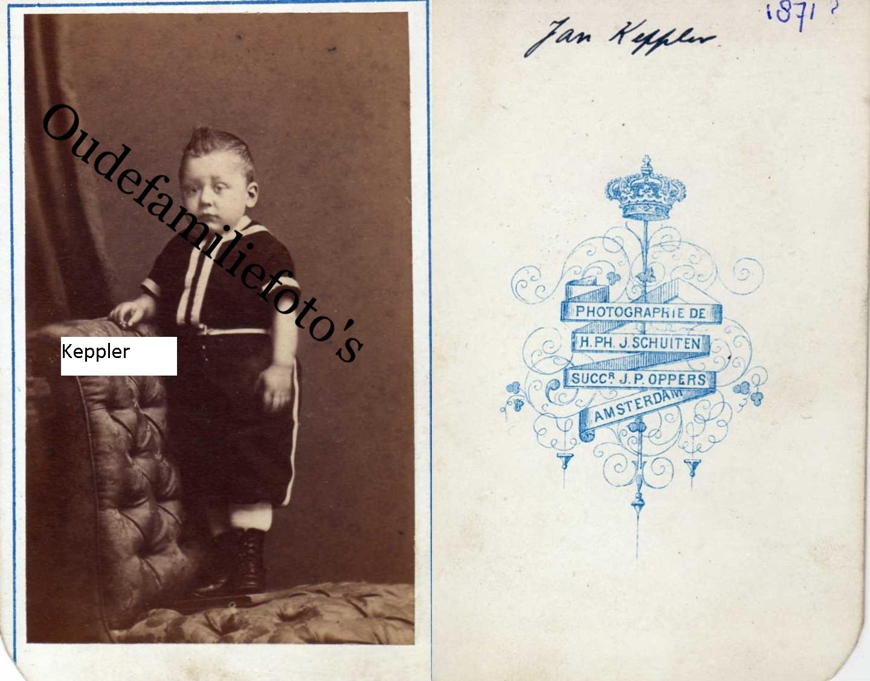 Keppler, Jan Geb. 14-10-1871 Amsterdam. Getrouwd met Elisabeth Johanna Bavelaar. Ouders: Johan Georg / M.C Lugt. € 2,00