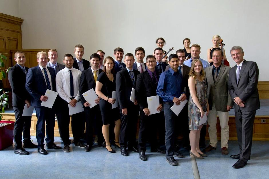Abschlussklasse der Papiertechniker 2015