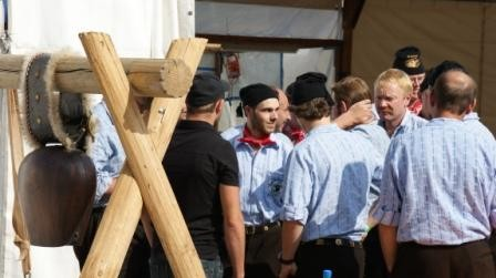 Grindelwaldner Trychler an den Gruppenwettkämpfen
