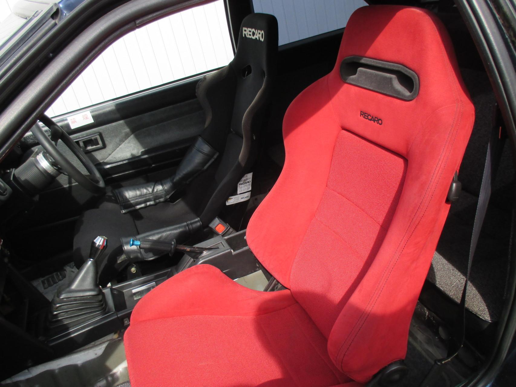 AE86中古車 バケットシート