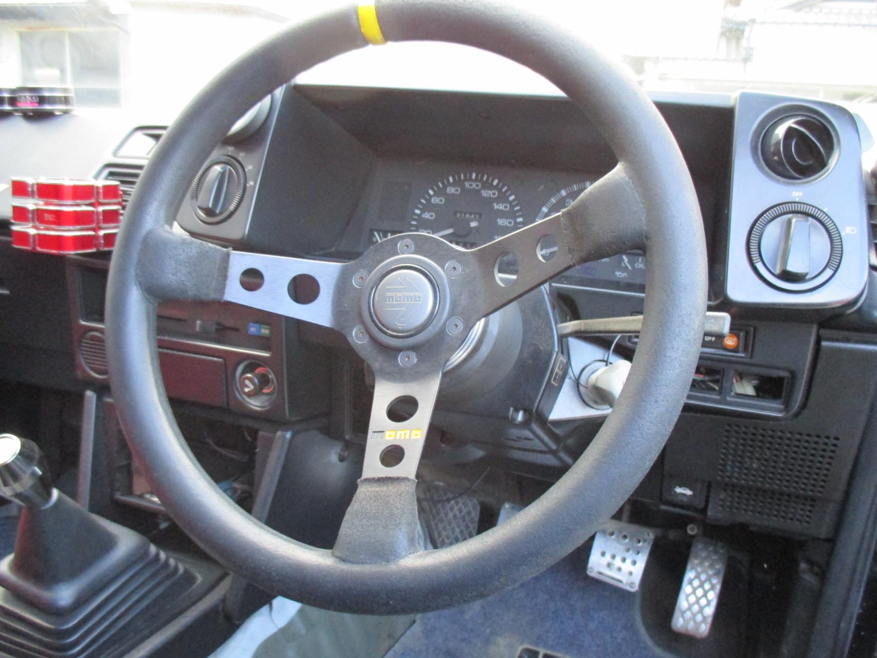 AE86中古車 社外ステアリング
