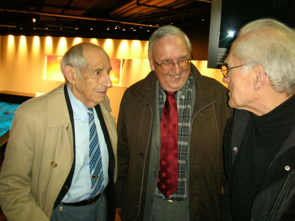 Im Gespräch (v.l.): Alfred Waldis, Seppi Ritler und Franz Trachsel.