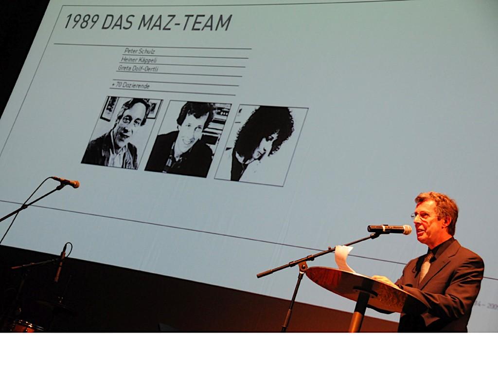 Heiner Käppeli, langjähriger Studienleiter, blickte in seiner Rede auf die Anfänge des MAZ zurück.
