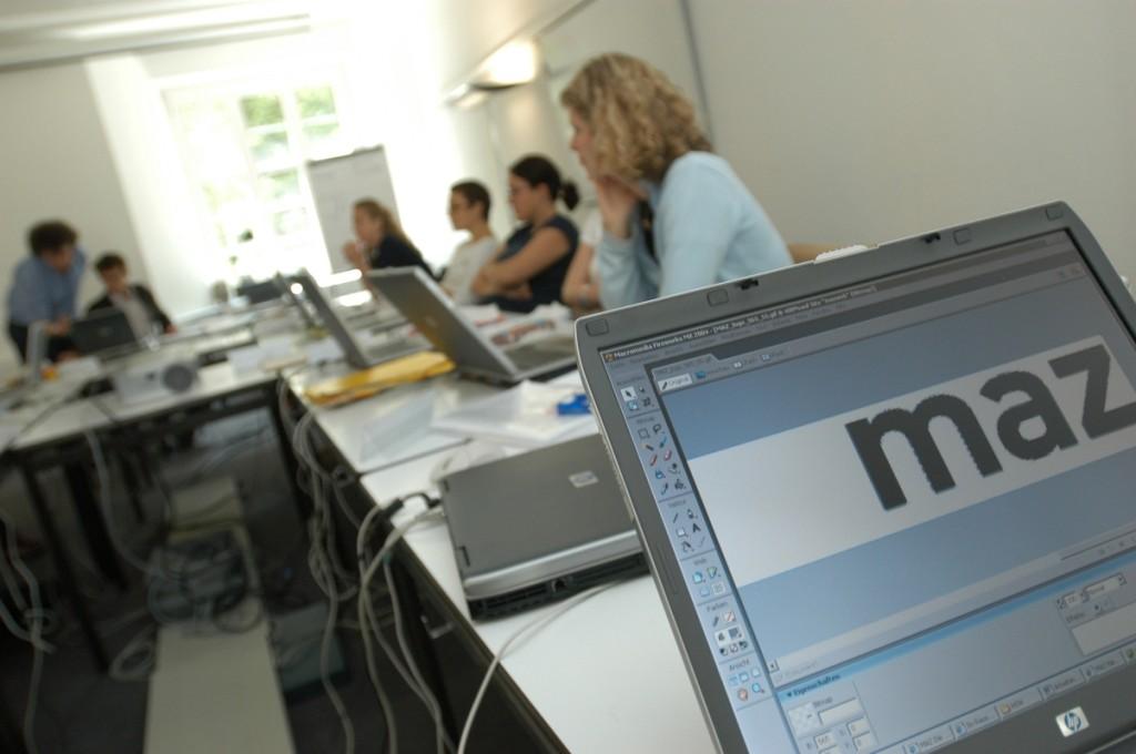 1997 startete der erste Lehrgang für Online-Journalisten.