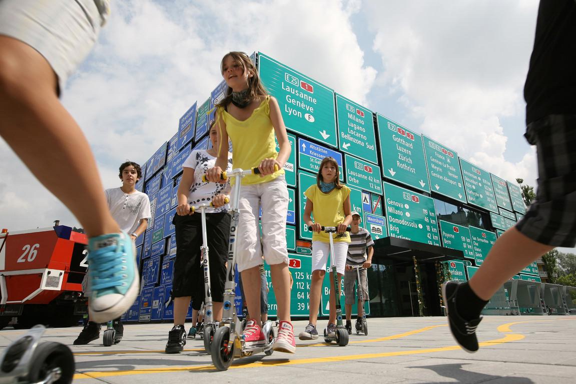 Im Verkehrsgarten lernen Kinder spielend die Verkehrsregeln.
