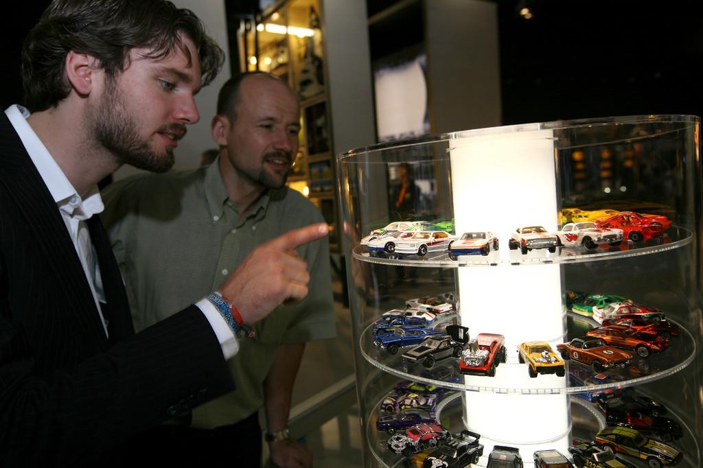 Per Touchscreen können die Modelle aus der Nähe betrachtet werden.