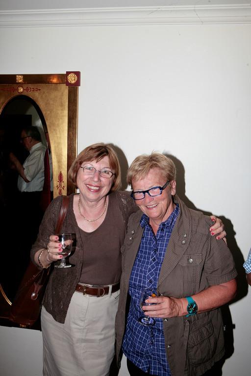 Monika Wegmann aus Zug und Revisorin Monika van de Giessen
