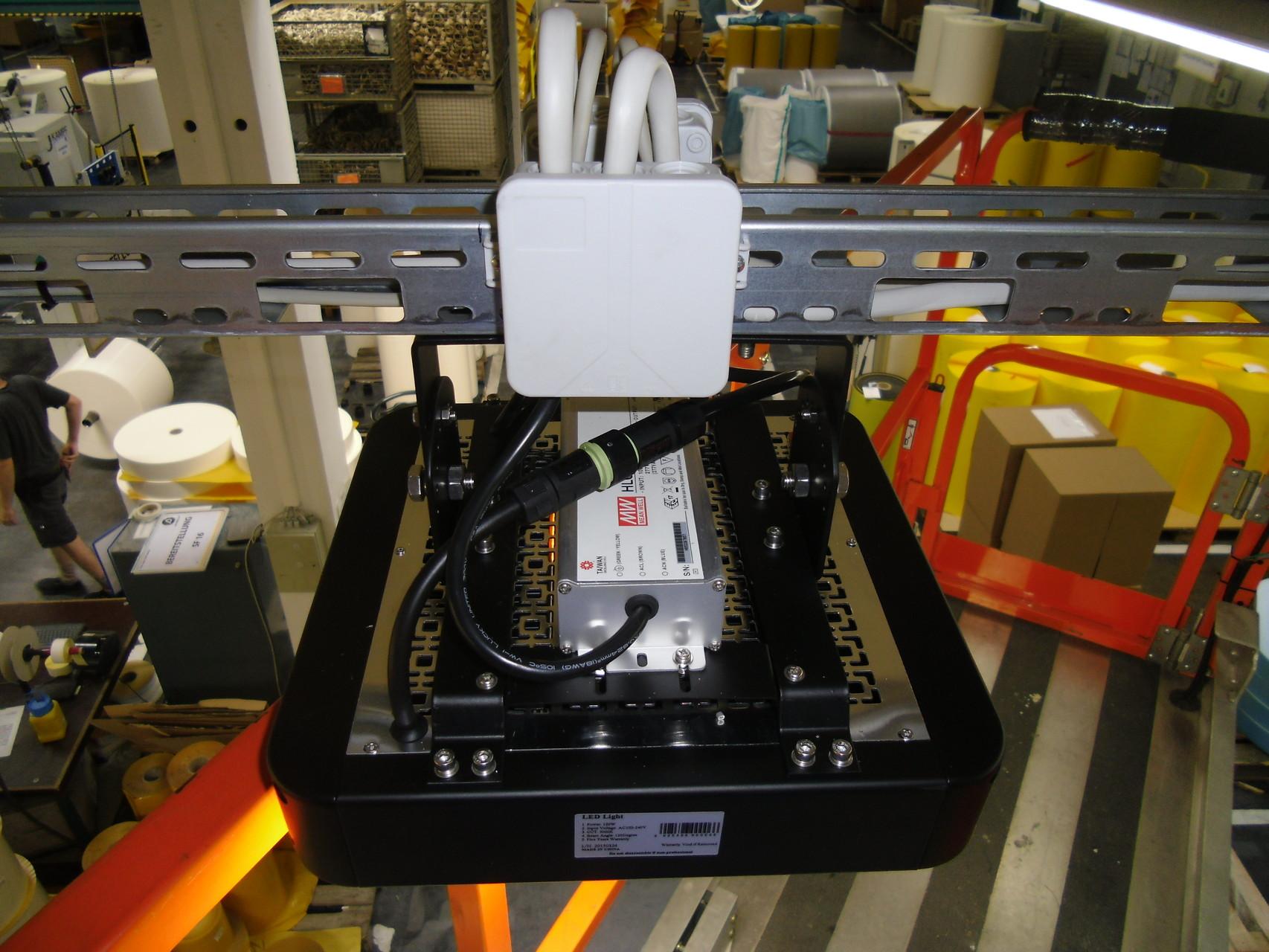 LED AK Strahler Folienverarbeitung