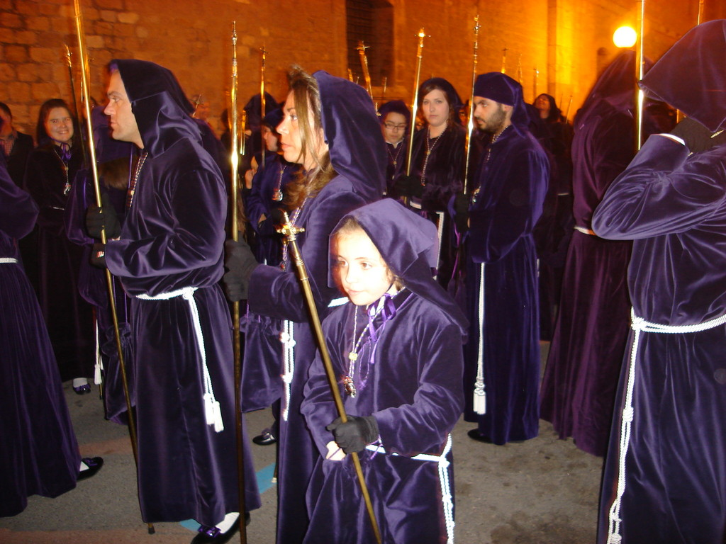 Another group of penitents of another cofradía