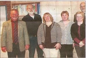 Zufrieden mit der BGS (von links): Schulleiter Reinhold Bößer,  Gerhard Boll, Petra Jung, Anja Meyn, Kirsten Löding und Johann Hansen.  Foto: Werlich