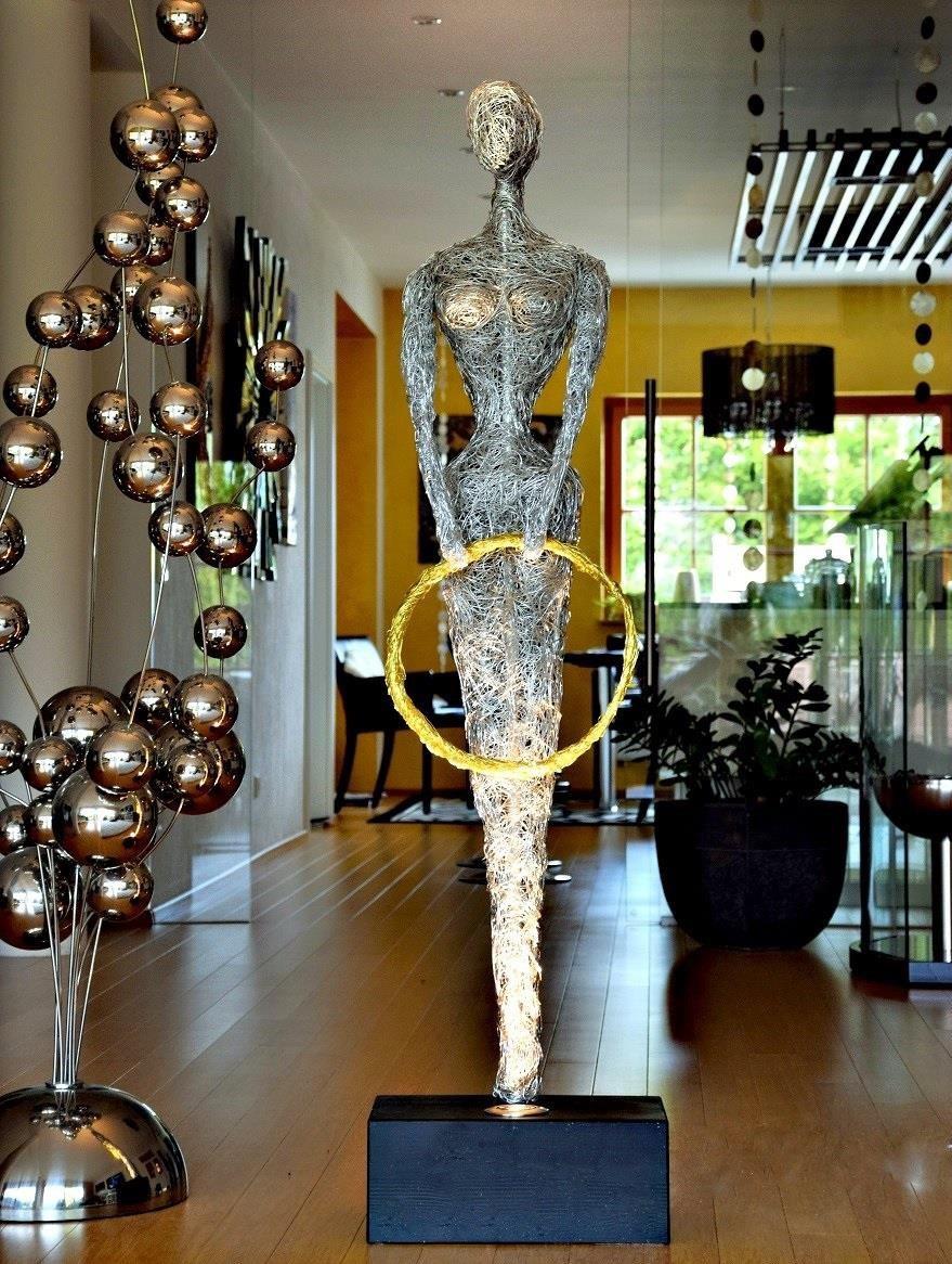 design lampen skulptur leuchten led licht kunst made in germany sch ner wohnen. Black Bedroom Furniture Sets. Home Design Ideas