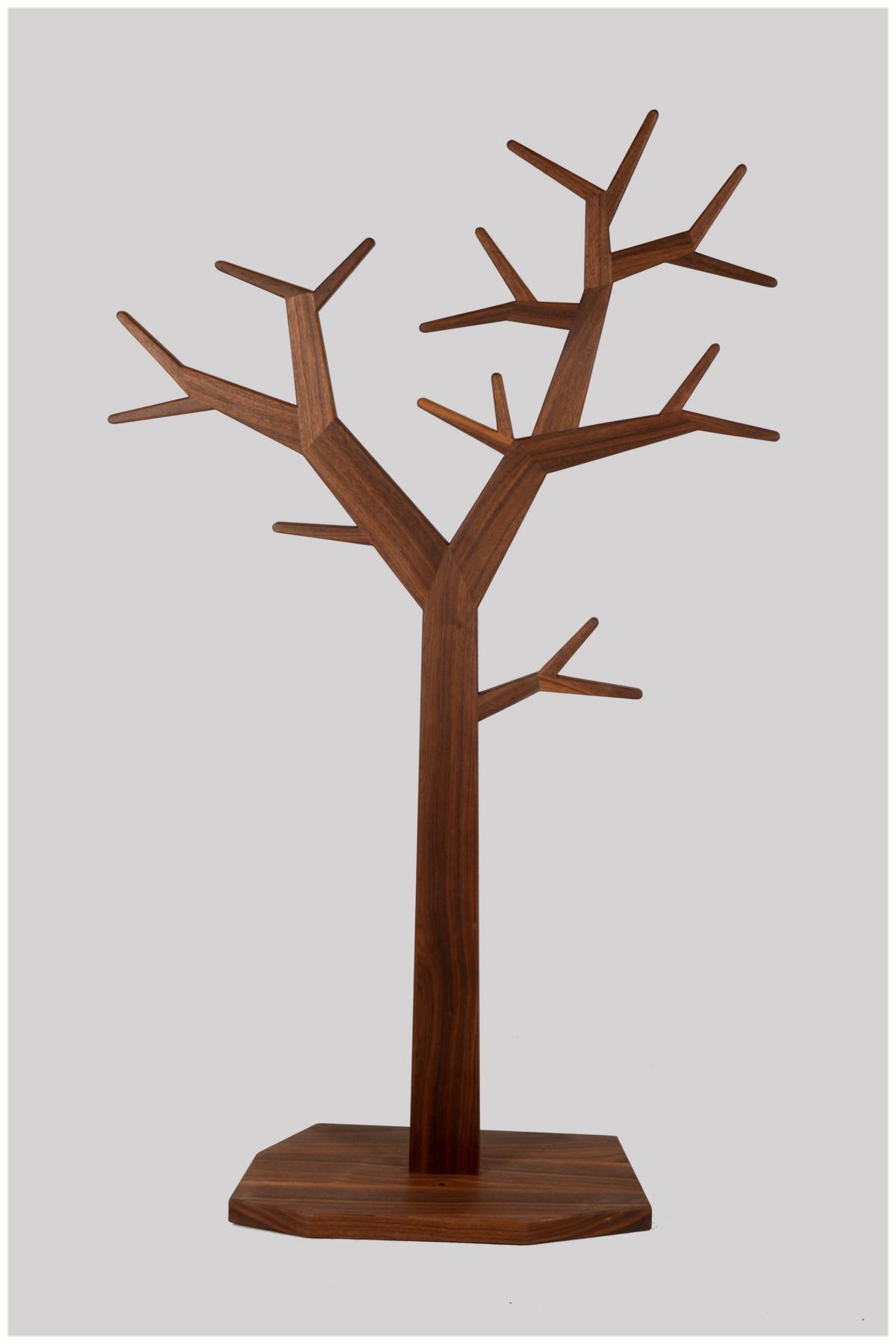 Nussbaum klein 149 cm
