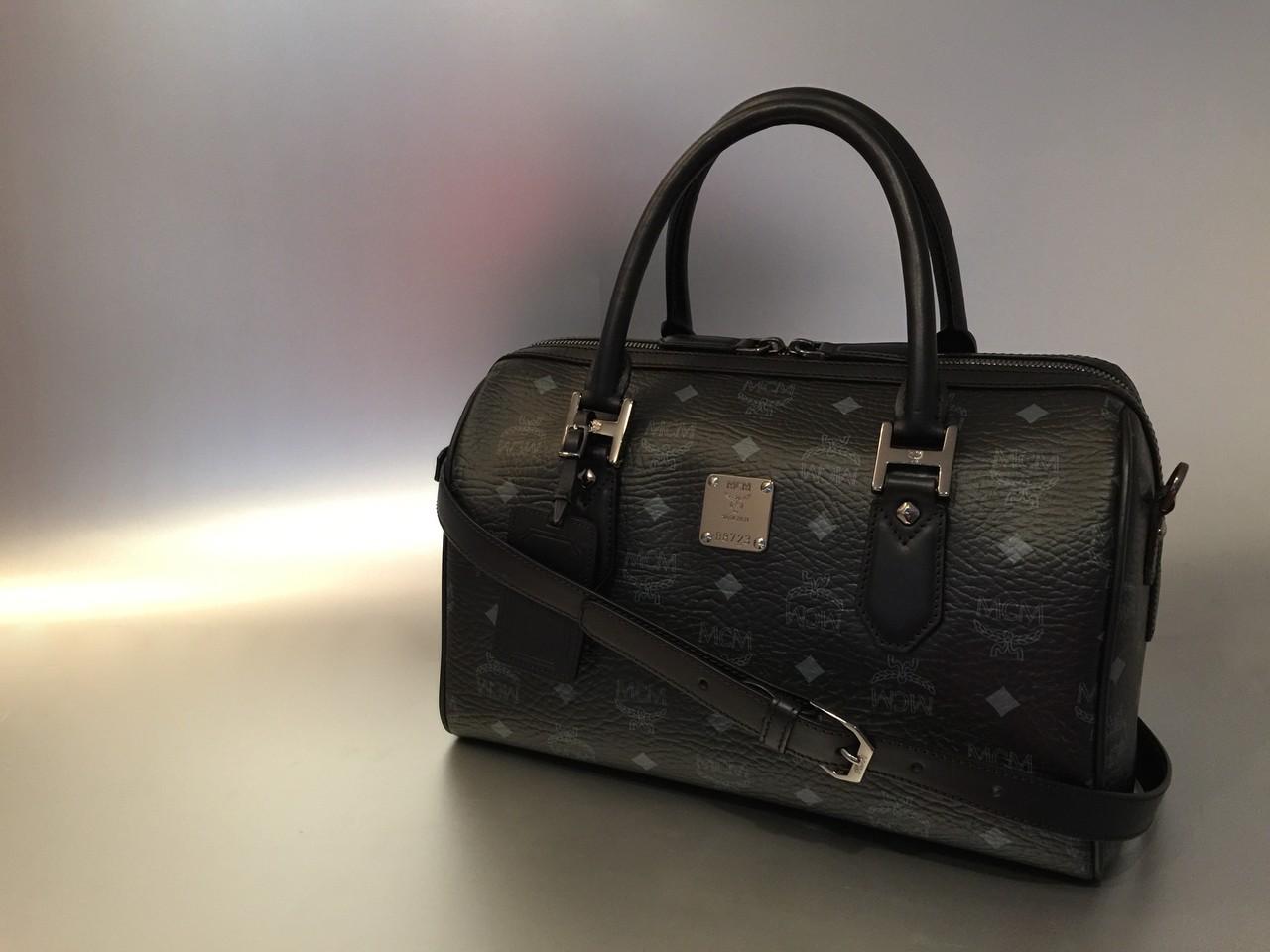MCM Color Visetos Boston Bag Heritage Line in schwarz