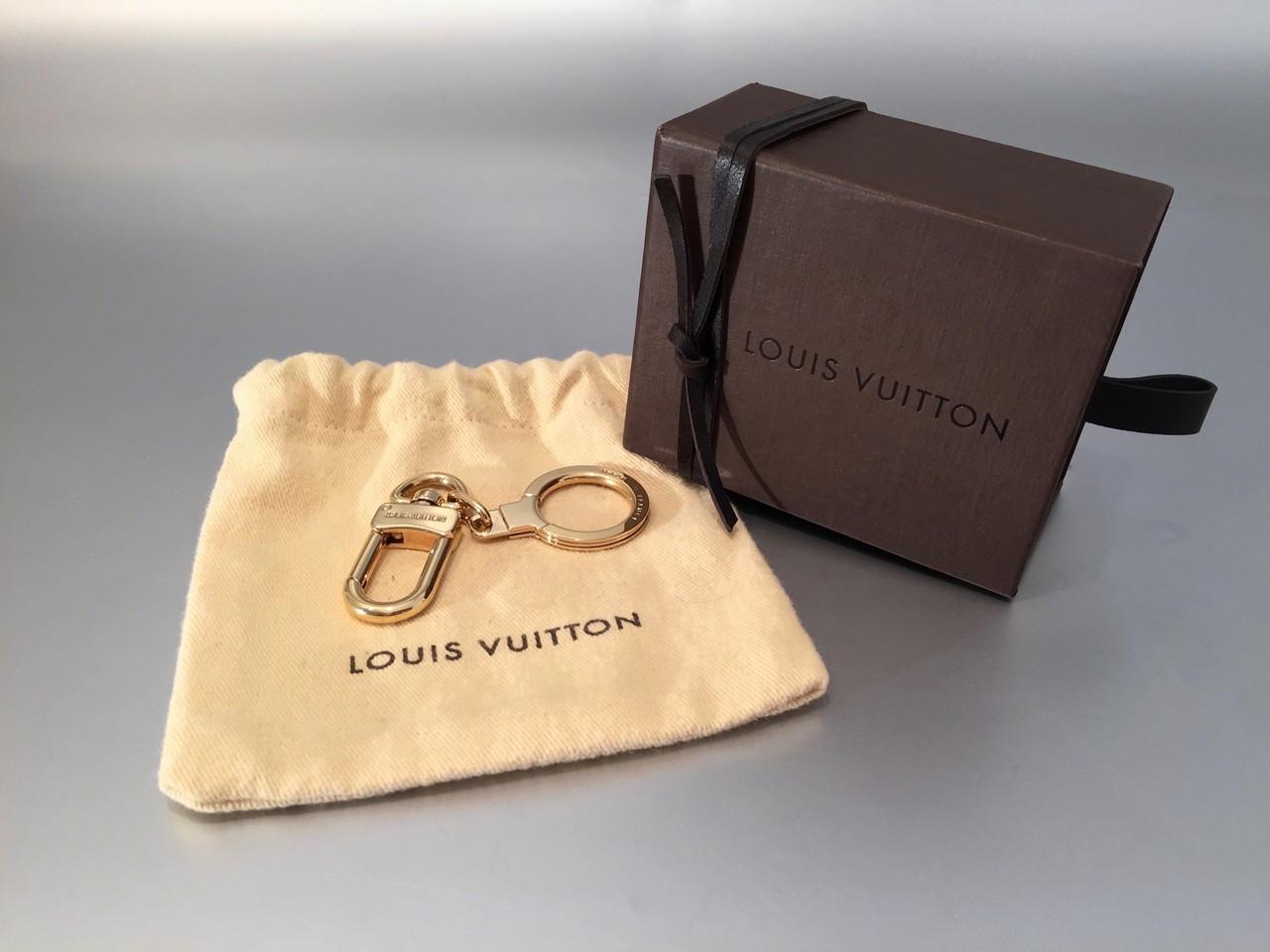 da73e560ecd2f Louis Vuitton Bolt Schlüsselanhänger in Gold - Ankauf   Verkauf ...
