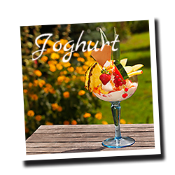 Joghurteis - eis-cafe-Helene Korswandt