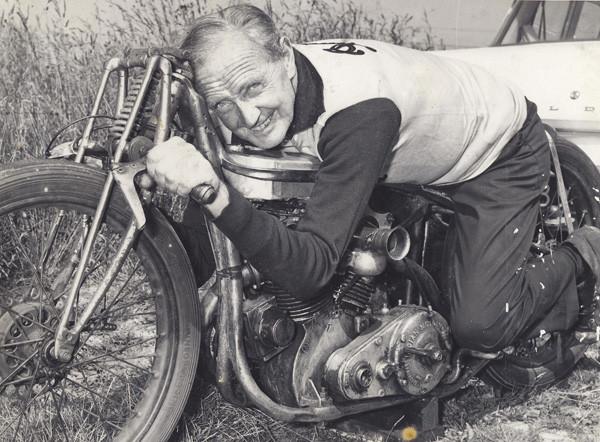 Bild: Burt Munro 1962, Fotograf unbekannt