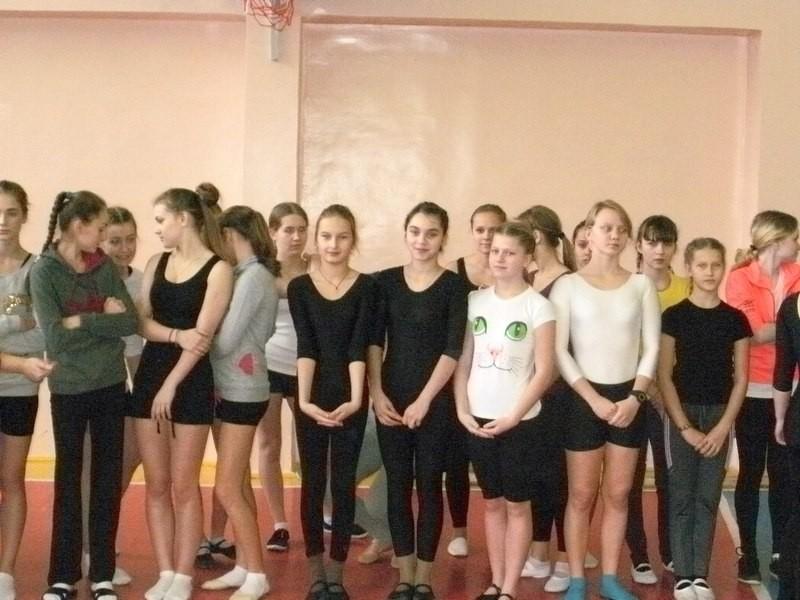Первый день соревнований - выступление девчонок