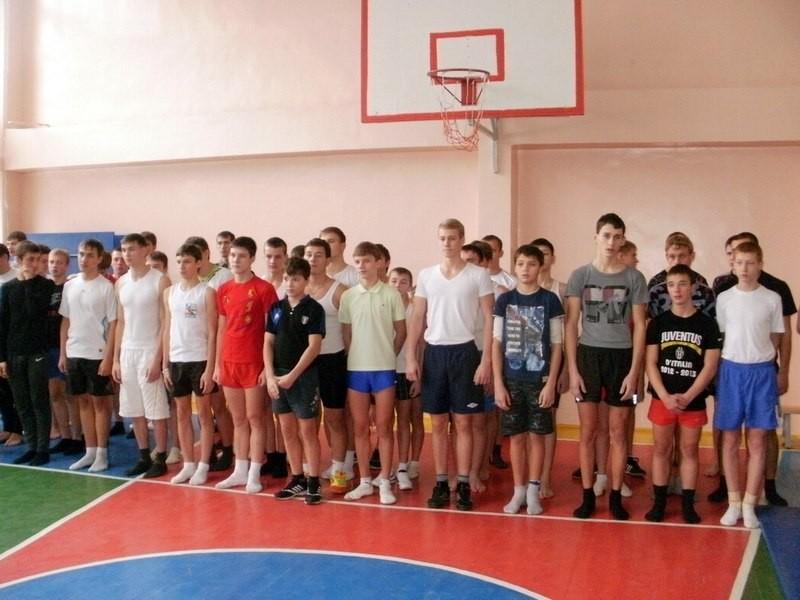 Мальчишки - первые))))
