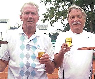 Sieg im ersten Doppel: Rolf Sperling und Fred Bockholt