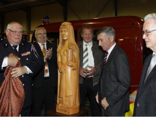 La statue en bois de sainte Barbe, patronne des pompiers, a été offerte au musée par l'ancien maire de Vieux-Ferrette Jean-Pierre Rucklin,et dévoilée par Alphonse Hartmann et René Geyller