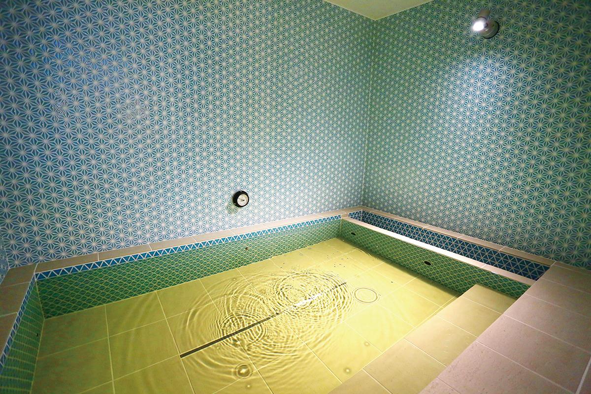 小部屋で静かな水風呂