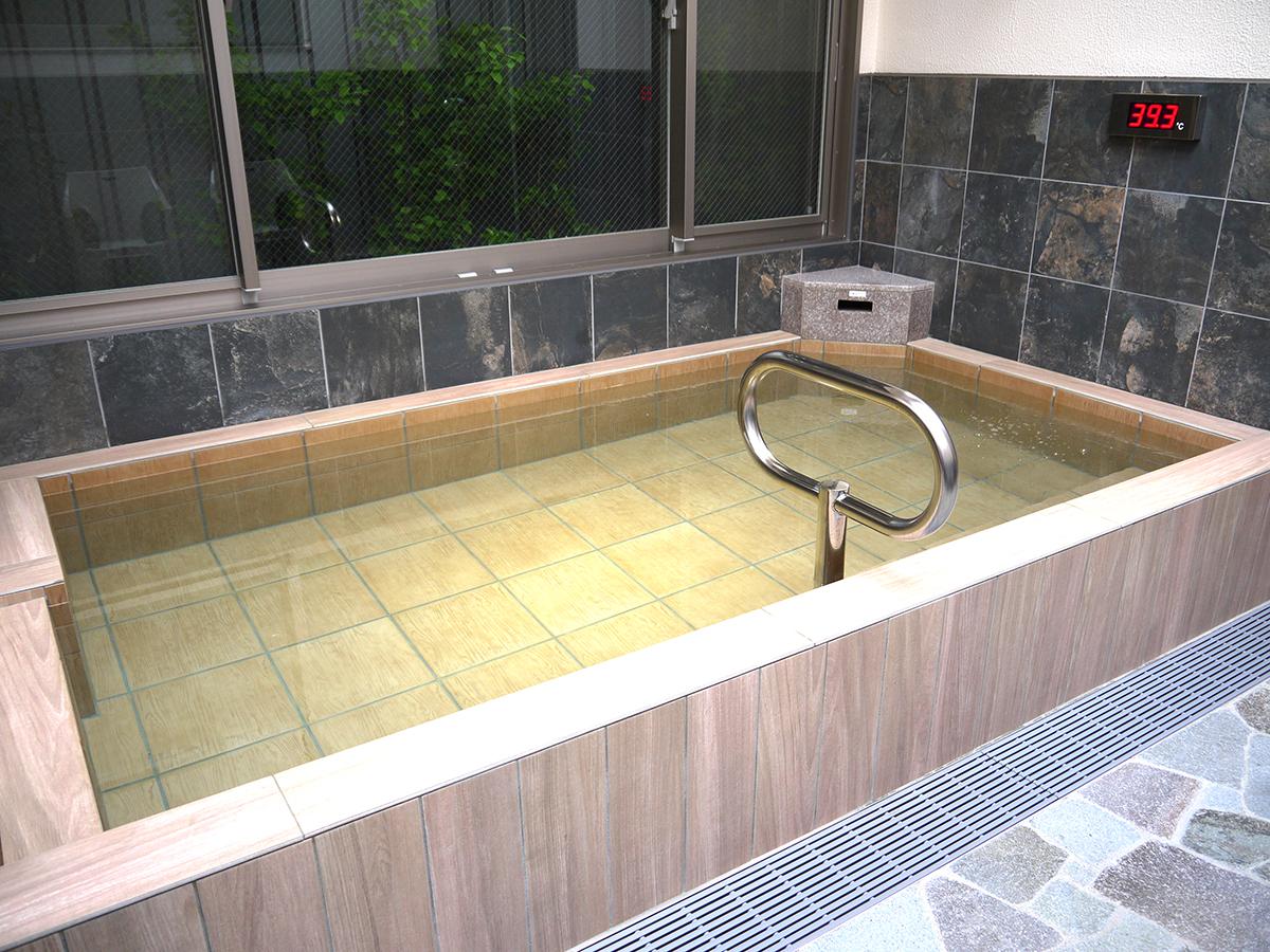 高濃度炭酸泉露天風呂