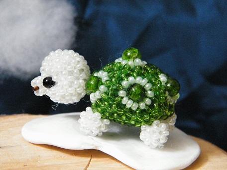 """""""Schildkröte"""", mit crackle beads"""