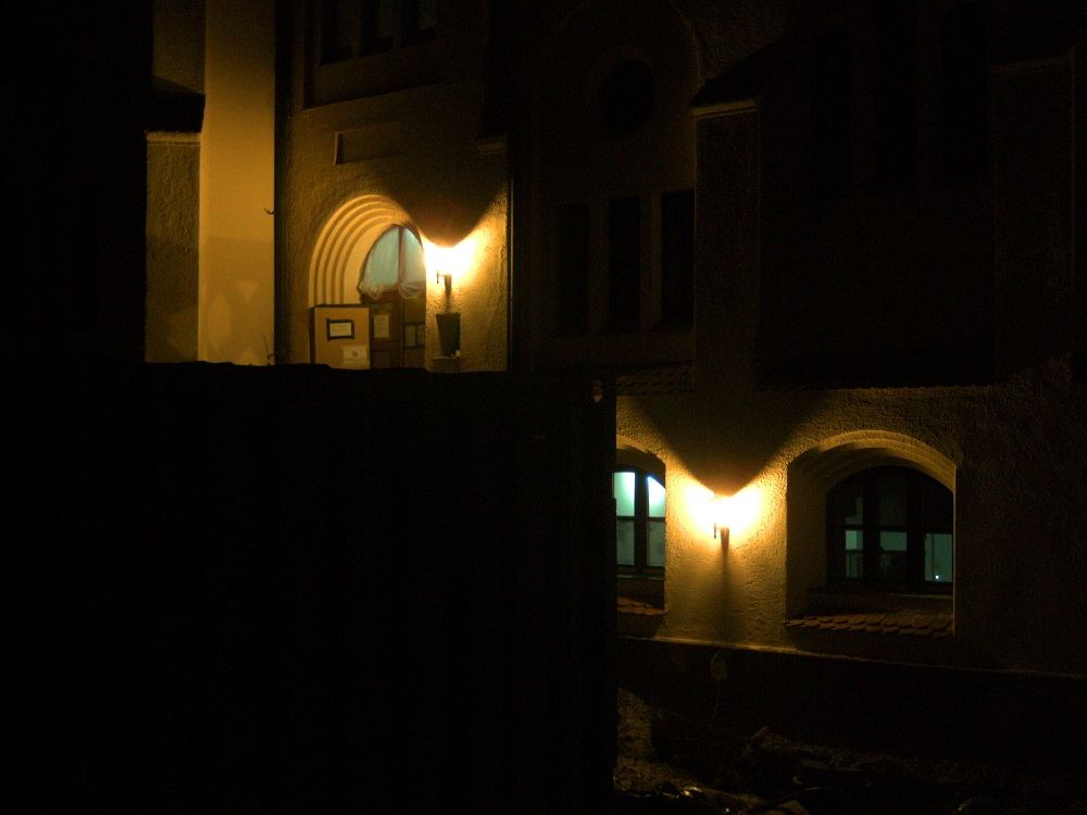 Parkwohnstift bei Nacht