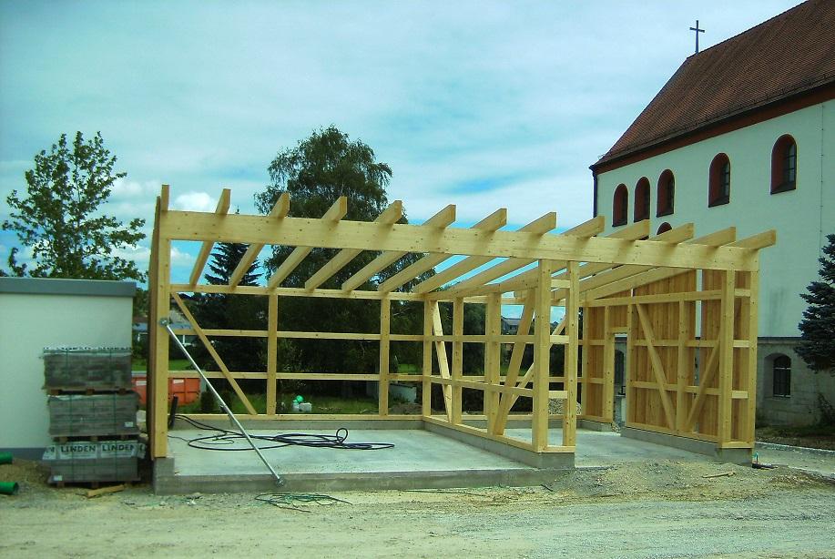 unsere neue Garage mit Stellplatz wird gebaut