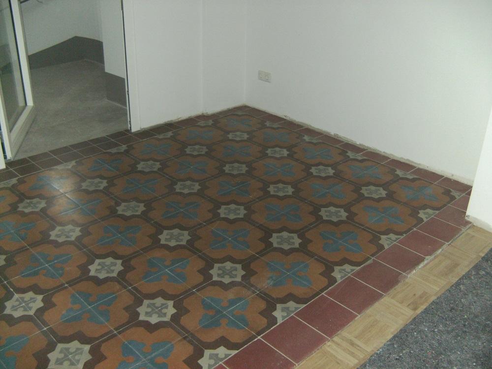 alter Boden vor dem ehem. Abteisprechzimmer konnte erhalten werden
