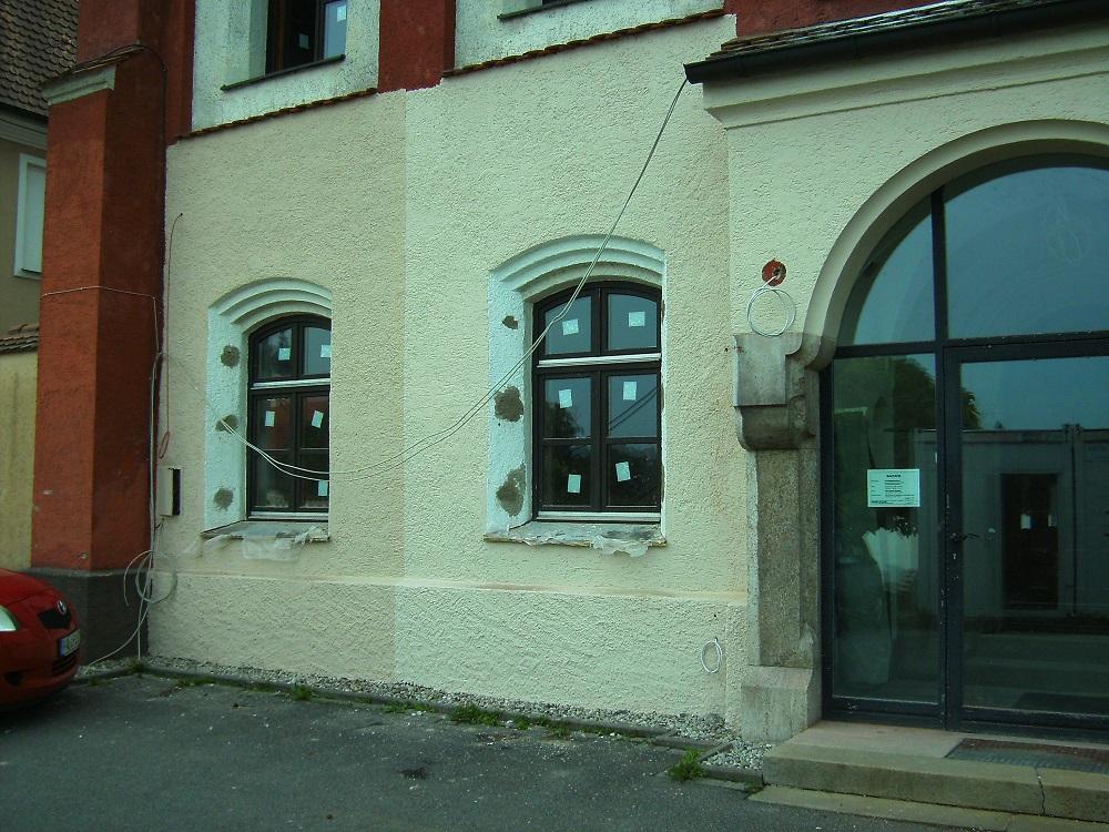 Fenstergitter im Pfortenbereich entfernt