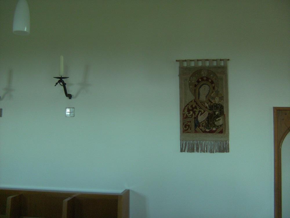 Muttergottes-Wandbehang in der Winterkirche