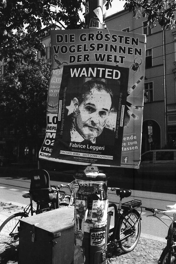 Moderne Schandsäulen ? Berlin, Frühjahr 2020