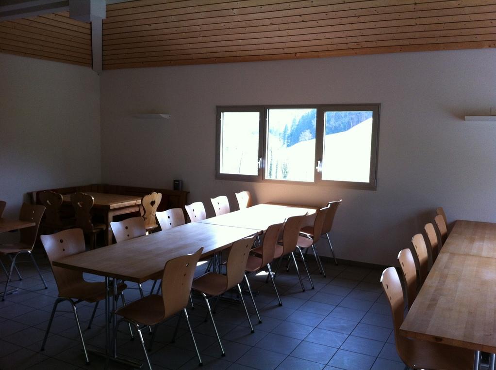grosse Tischreihen