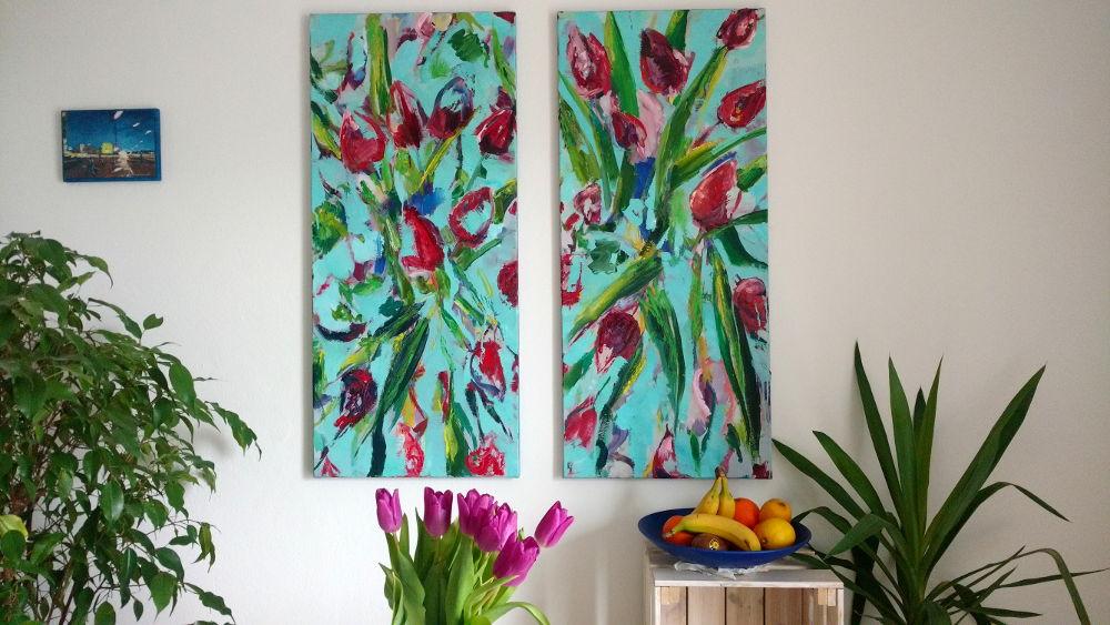 Tulpen im Esszimmer, Ölbild, 2-teilig, Hintergrund türkis, rote Blüten, abstraktes Bild