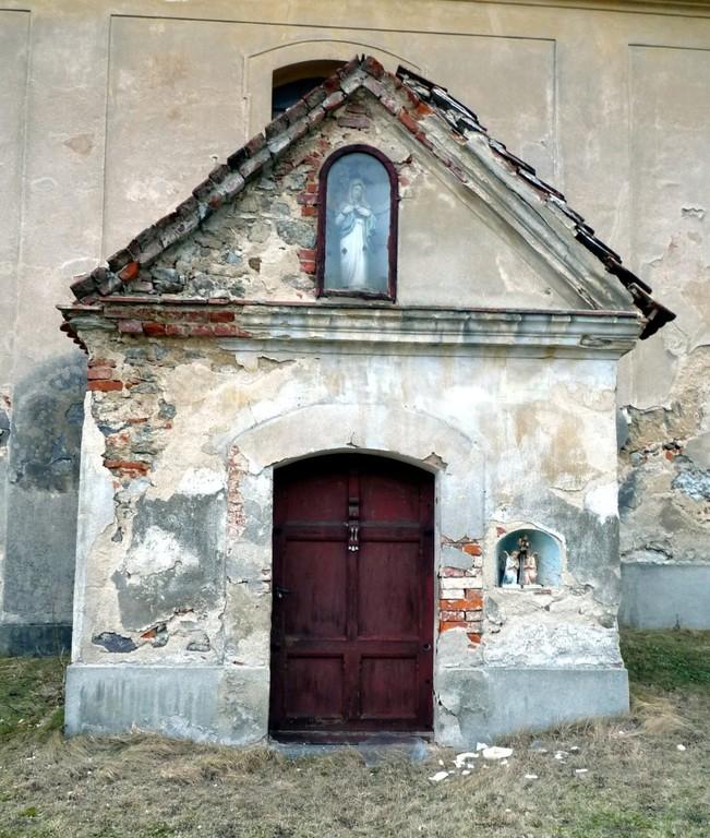 Kirche in Berzdorf - Seiteneingang
