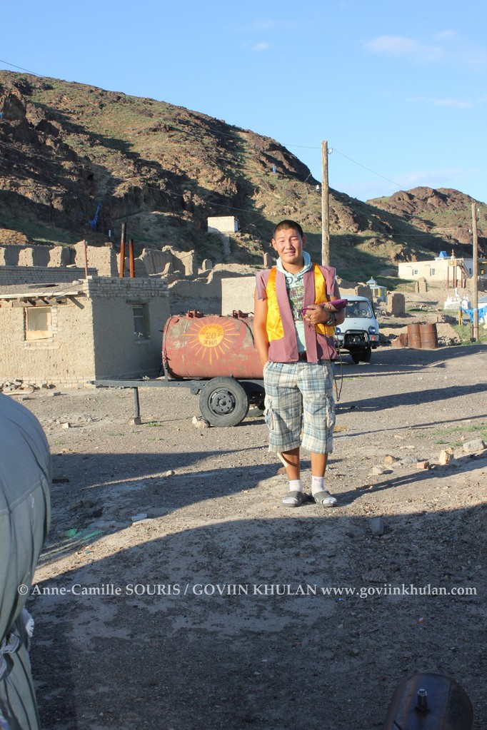 Chaimjants - jeune moine Bouddhiste et conservationniste citoyen de GOVIIN KHULAN - Ulgii Hiid - 09.2012